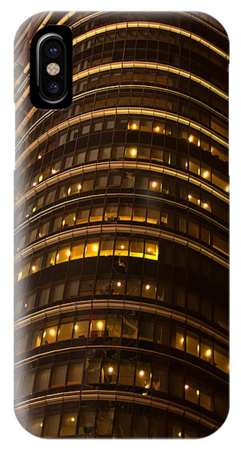 """""""new York City"""" IPhone X Case featuring the photograph Converging Lines by Paul Mangold"""