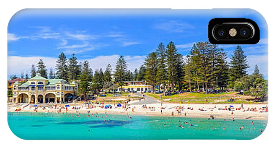 Cottesloe IPhone X Case featuring the photograph Cottesloe Beach by Les Lovett
