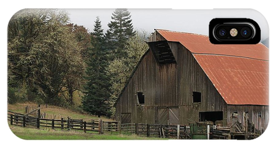 Oregon IPhone X Case featuring the photograph Country Barn by Katie Wing Vigil