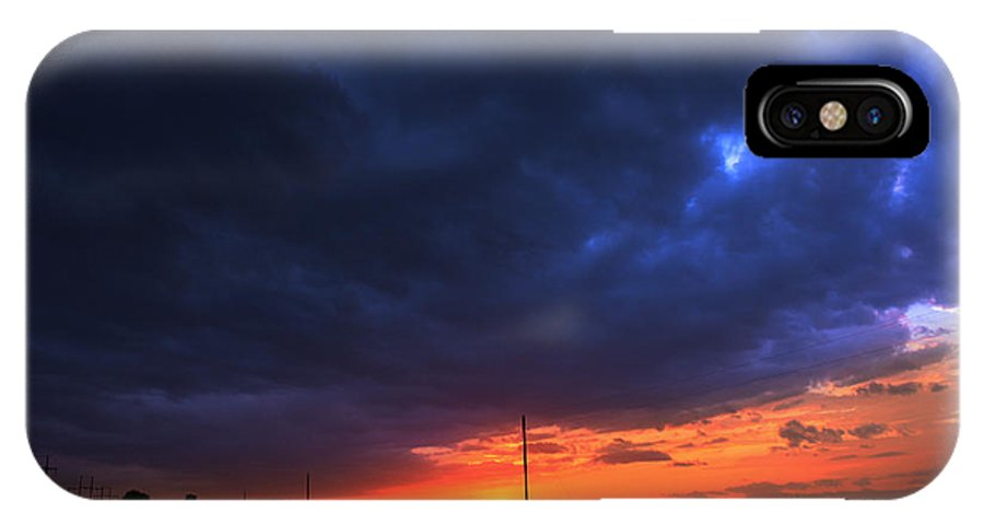 The IPhone X Case featuring the photograph Country Sunset by Brandon Tomerlin