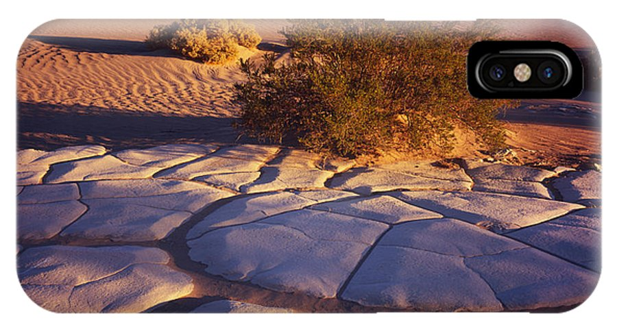 Nature Photography IPhone X / XS Case featuring the photograph Cracked Mud - Sand Ripples 3 by Tom Daniel