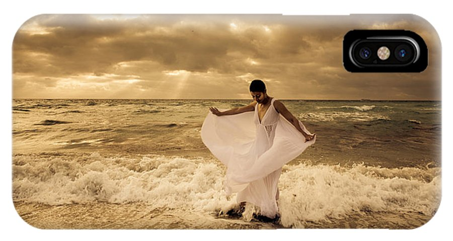 IPhone X / XS Case featuring the photograph Dancing In The Surf 2 by Matthew Pace