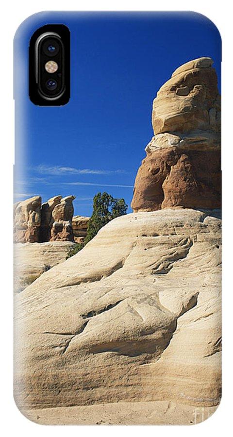 Devil's Garden IPhone X / XS Case featuring the photograph Devils Garden, Utah by David Davis