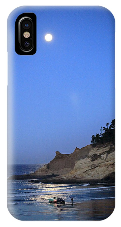 Pacific City IPhone X Case featuring the photograph Dories At Dawn by Tiana McVay