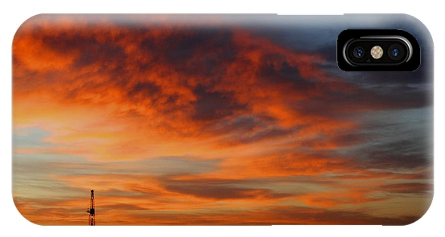 Drilling Rig IPhone X Case featuring the photograph Drilling Rig Sunrise by Mark Short