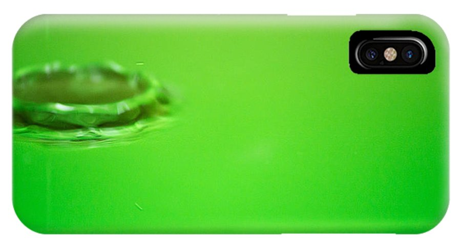 IPhone X Case featuring the photograph Drop In Green by Mario Leo