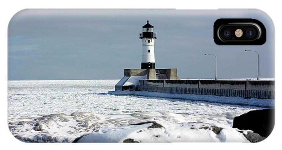 Light House IPhone X Case featuring the photograph Duluth Harbor Lighthouse by Amanda Stadther