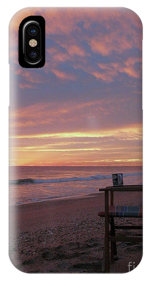 Photo IPhone X Case featuring the photograph Early Moring by H and L Nieborg
