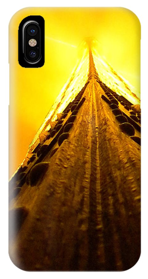 Eiffel Tower IPhone X Case featuring the photograph Eiffel Tower In The Fog by Jim Barbour