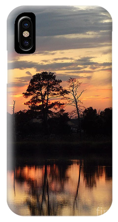 Scenic Tours IPhone X Case featuring the photograph Evening Calm by Skip Willits