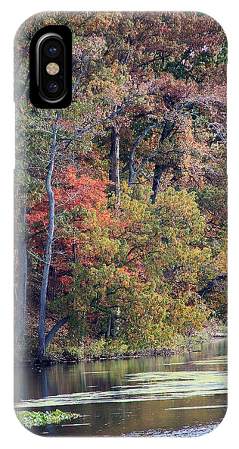Potomac IPhone X Case featuring the photograph Fall Shoreline by Rhonda Burger