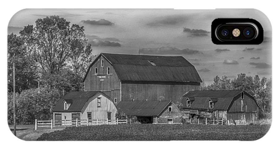 Barn IPhone X Case featuring the photograph Fenwick Barn 7k02210b by Guy Whiteley
