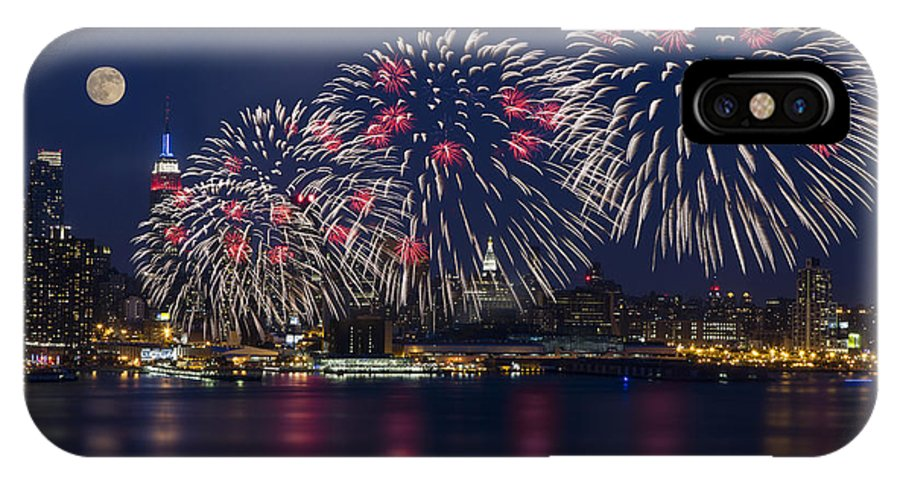 4th Of July IPhone X Case featuring the photograph Fireworks And Full Moon Over New York City by Susan Candelario