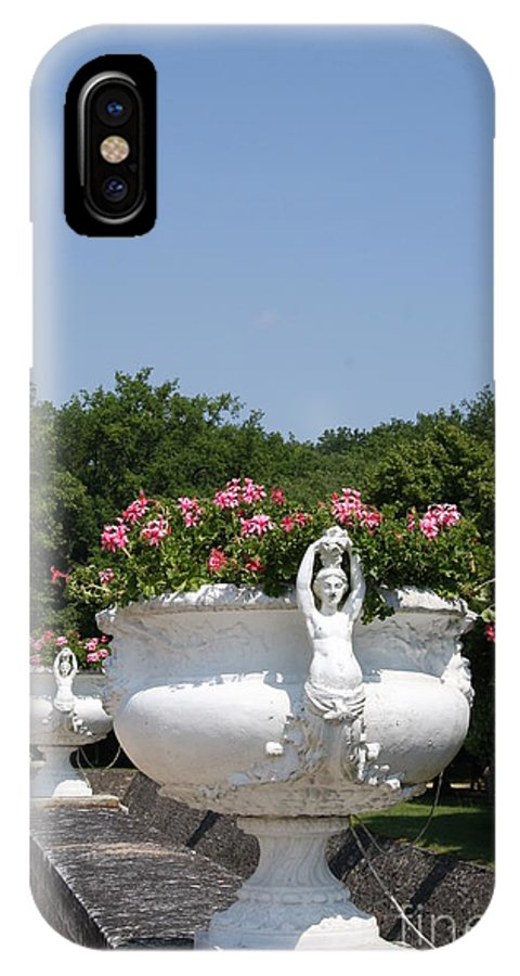 Basin IPhone X Case featuring the photograph Flowerpots In A Row - Chateau Chenonceau by Christiane Schulze Art And Photography