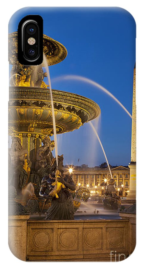 Architectural IPhone X Case featuring the photograph Fontaine Des Mers by Brian Jannsen