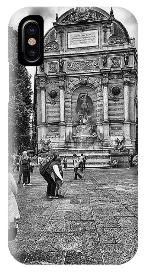 Fontaine Saint Michel IPhone X Case featuring the photograph Fontaine Saint Michel by Deborah Simpson