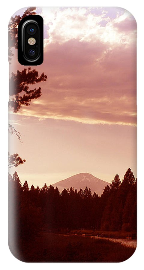 Deschutes River IPhone X Case featuring the photograph Forest Glow by Carolyn Waissman