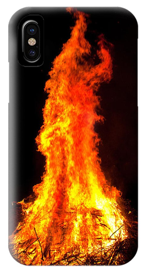 Halloween IPhone X Case featuring the photograph Forked Tongue by Claus Siebenhaar