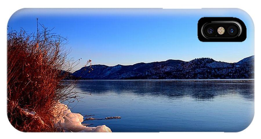 Skaha Lake IPhone X Case featuring the photograph Frozenskaha 001 by Guy Hoffman