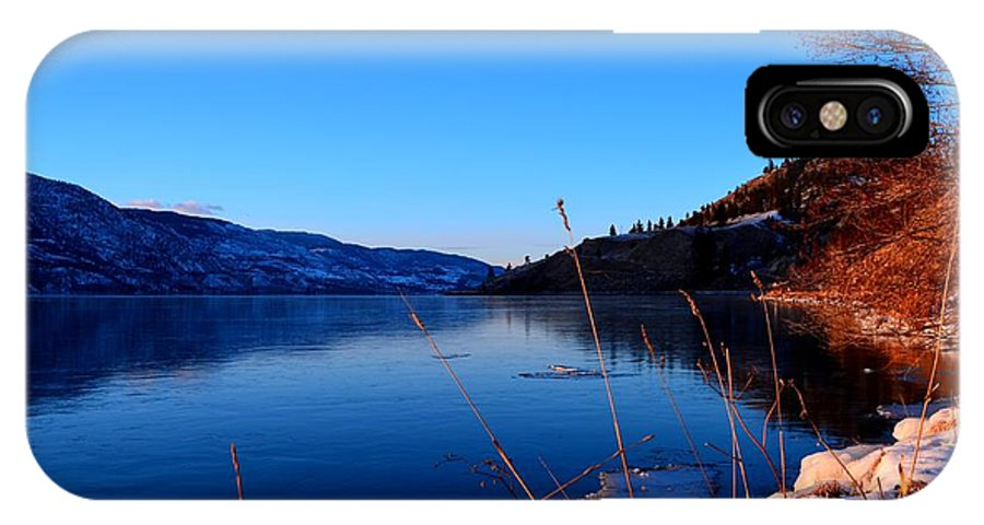 Skaha Lake IPhone X Case featuring the photograph Frozenskaha 002 by Guy Hoffman