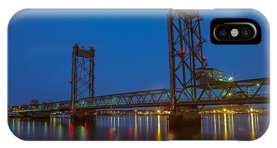 Memorial Bridge At Sunrise IPhone X Case featuring the photograph Gateway To Portsmouth by James Merecki