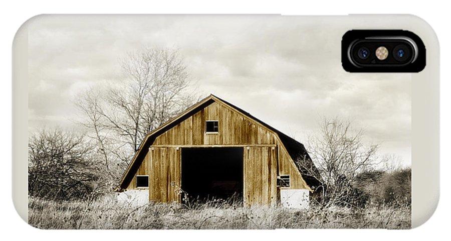 Barn IPhone X Case featuring the photograph Golden Barn by Laura Schramm-Behnke