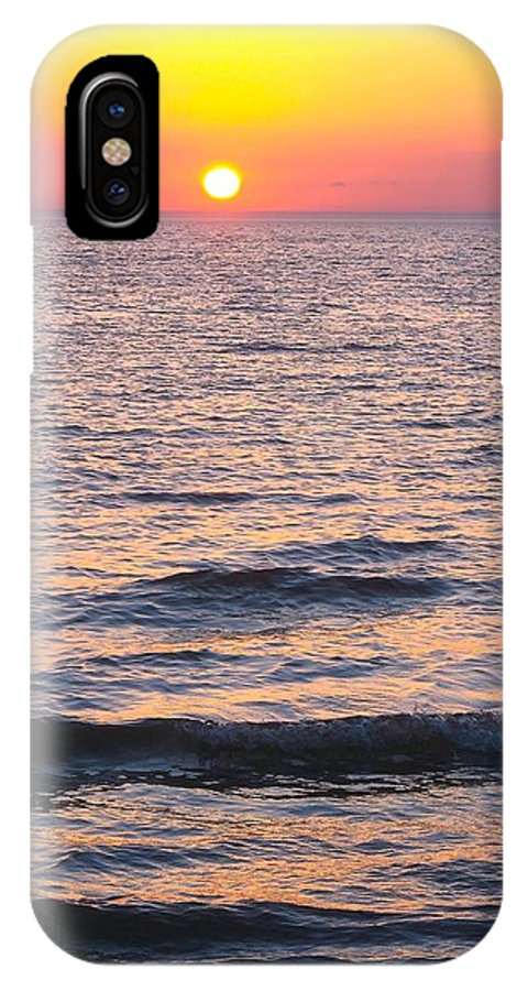 Beautiful Sunset On Lake Michigan IPhone X Case featuring the photograph Golden Delight by Sylvia Herrington