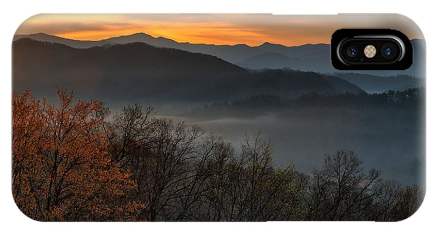 Great Smoky Mountains National Park IPhone X Case featuring the photograph Good Morning Sunshine by Charlie Choc
