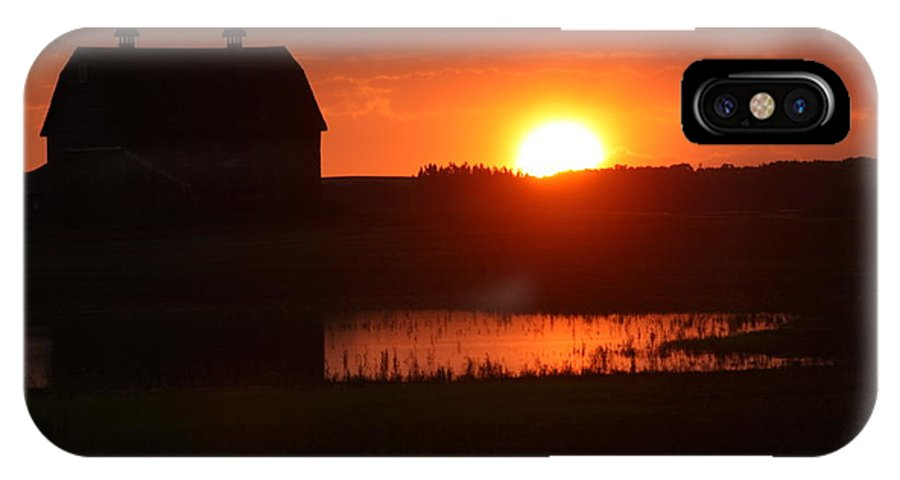 Red Barns IPhone X Case featuring the photograph Goodmorning World by David Matthews