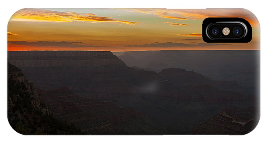Grand Canyon IPhone X Case featuring the photograph Grandview Sunset by Paul Evans