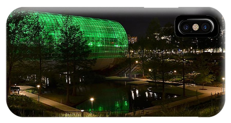 Myriad Botanical Gardens IPhone X Case featuring the photograph Green Is Serene by Justin Marre