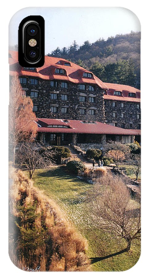 Grove Park Inn IPhone X Case featuring the photograph Grove Park Inn In Early Winter by Paulette B Wright