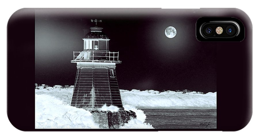 Landscapes IPhone X Case featuring the photograph Guiding Lights by Holly Kempe