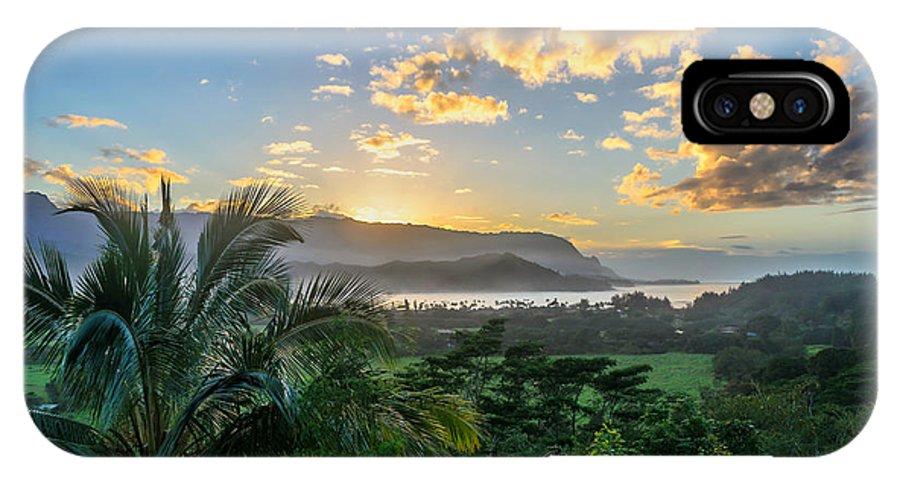 Kauai IPhone X Case featuring the photograph Hanalei Bay Sunset by Joseph Plotz