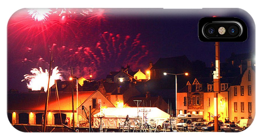 Pittenweem Harbour IPhone X Case featuring the photograph Harbour Fireworks by David Cairns