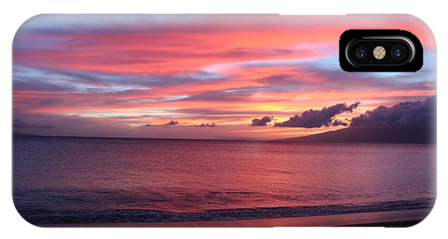 Hawaii Sunset IPhone X Case featuring the photograph Hawaii Sunset by Kevin Willms