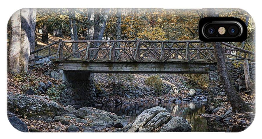 Headless Horseman Bridge IPhone X / XS Case featuring the photograph Headless Horseman Bridge by John Greim