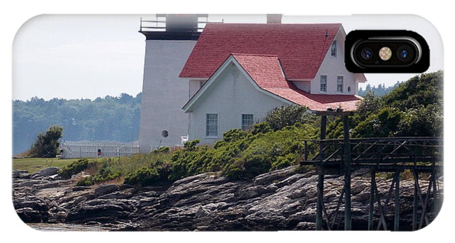 Maine Lighthouses IPhone X Case featuring the photograph Hendricks Headlight by Catherine Gagne