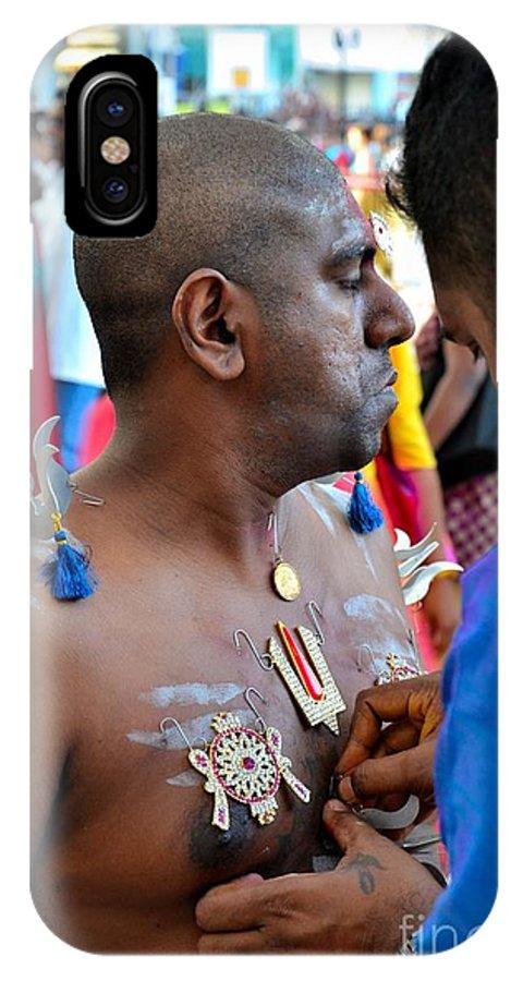 Thaipusam IPhone X Case featuring the photograph Hindu Devotees Prepare For Thaipusam Festival Singapore by Imran Ahmed