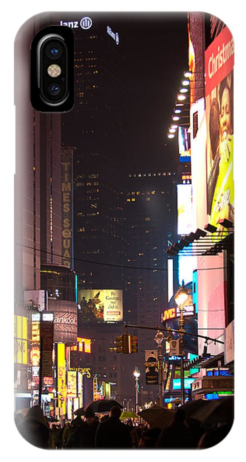 """""""new York City"""" IPhone X Case featuring the photograph Holiday Hustle by Paul Mangold"""