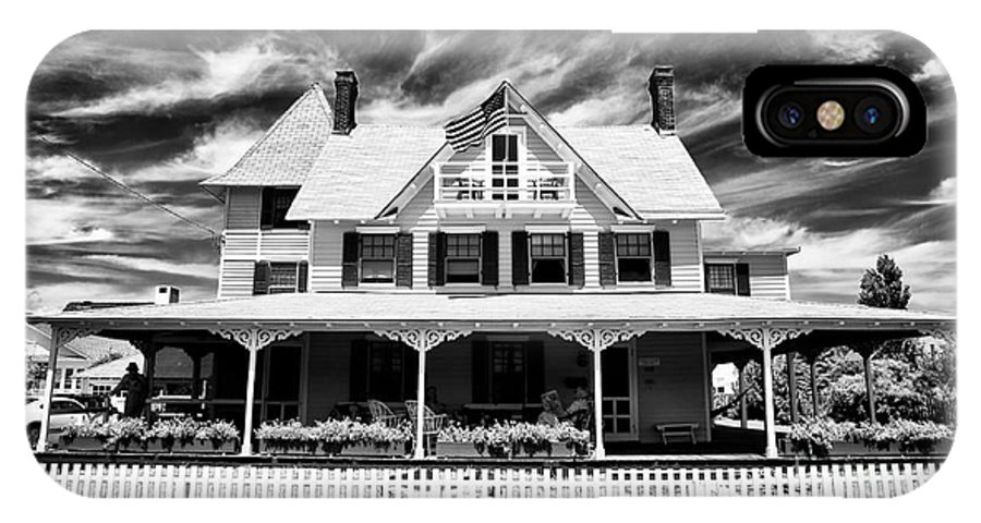 Home Shore Home IPhone X Case featuring the photograph Home Shore Home by John Rizzuto
