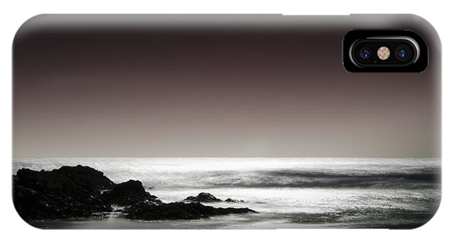Sea IPhone X / XS Case featuring the photograph Horizon by Andrew James