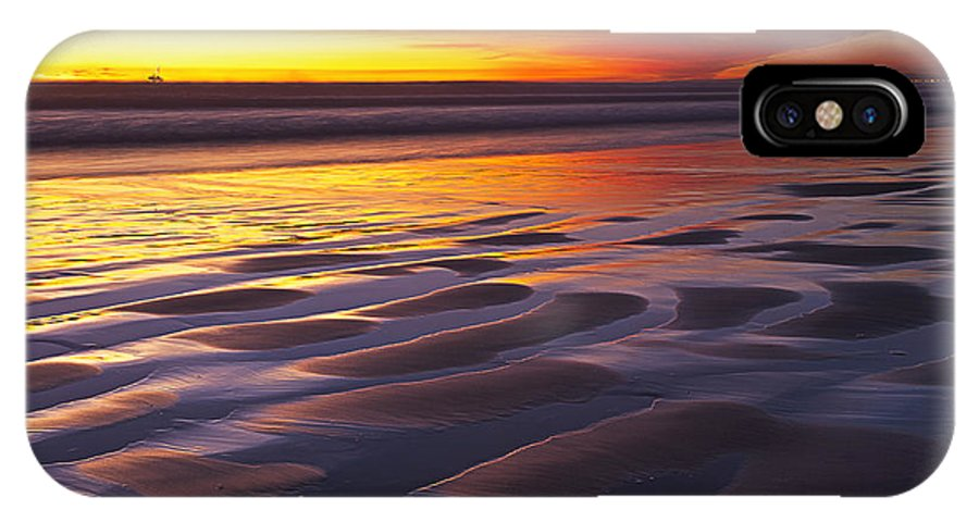 Huntington Beach IPhone X Case featuring the photograph Hot Rod by Tuan Le