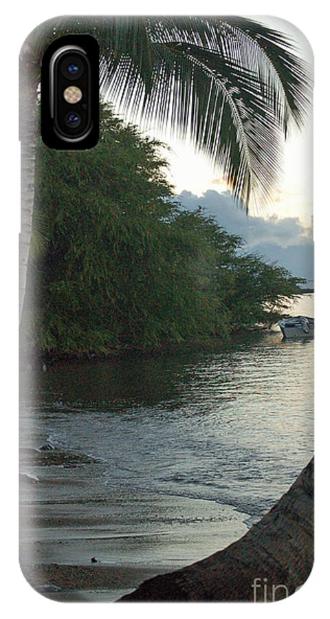 Sand IPhone X Case featuring the photograph Hotel Molokai Beach by Terry Holliday