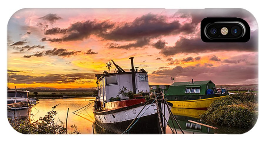 Sunrise IPhone X Case featuring the photograph Houseboats On Velator Quay by Dave Wilkinson
