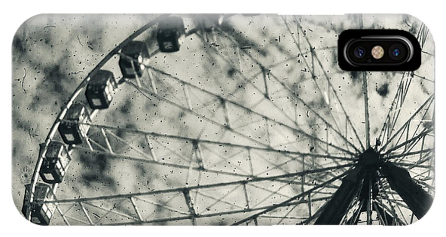 Ferris Wheel IPhone X Case featuring the photograph Intrinsical by Andrew Paranavitana