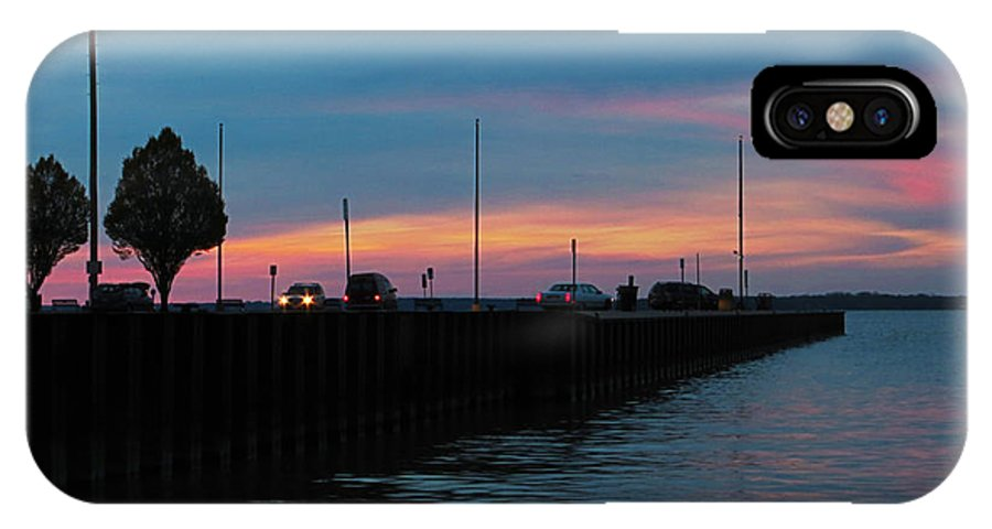 Pier IPhone X Case featuring the photograph Jackson Street Pier - Sunset by Shawna Rowe