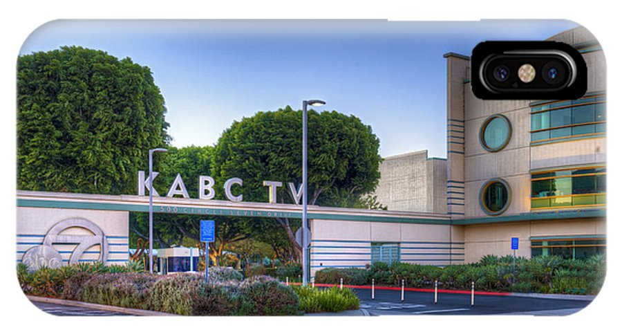 Kabc 7 IPhone X Case featuring the photograph Kabc 7 Studio Burbank Glendale Ca by David Zanzinger