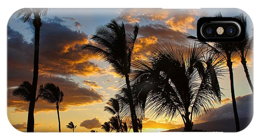 Dusk IPhone X Case featuring the photograph Kihei At Dusk by Peggy Hughes