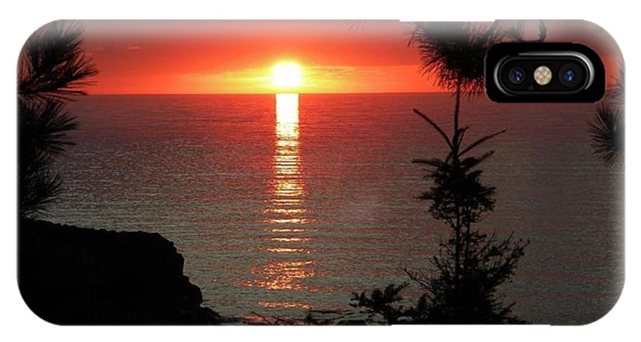 Sunset IPhone X Case featuring the photograph Lake Superior Sunset by Jan Ennis